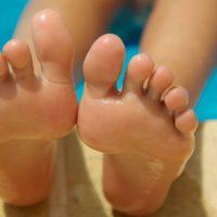 4 sprawdzone sposoby na potliwość stóp